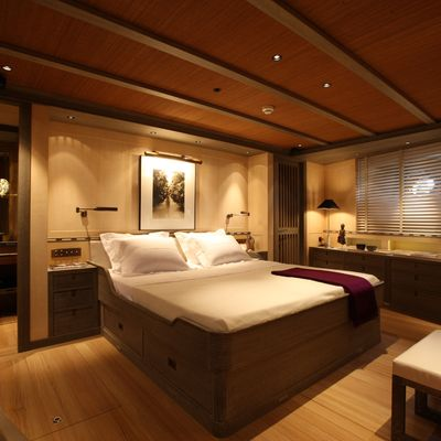 Roxane Yacht Guest Stateroom