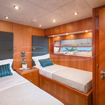 Quantum Yacht