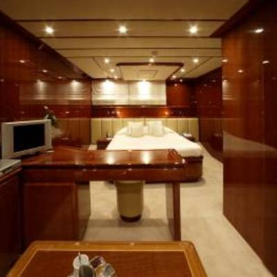 Corvus Yacht Guest Stateroom - Study