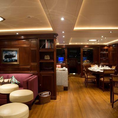 Blush Yacht Bar & Salon