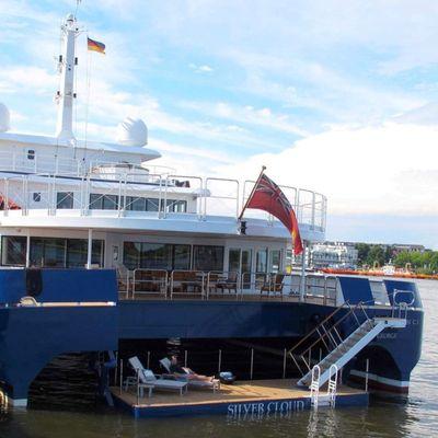 Nurja Yacht Swim Deck