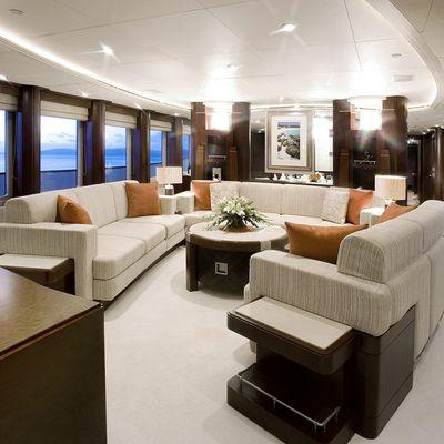De Lisle III Yacht Main Deck Saloon