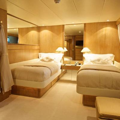 Sea Lady II Yacht Twin Stateroom