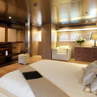 Mariu Yacht Master cabin