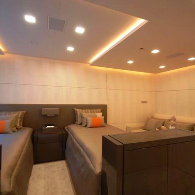 Siren Yacht Twin Stateroom