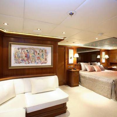 Loretta Yacht VIP Stateroom - Seating