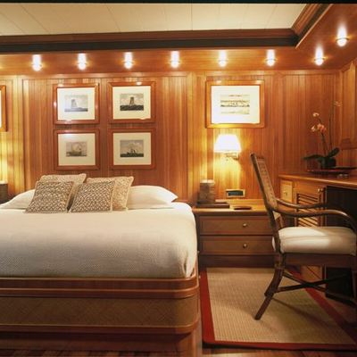 Bleu De Nimes Yacht Double Stateroom