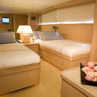 Silent World II Yacht Twin Stateroom