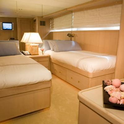 Silent World II Yacht Twin Stateroom