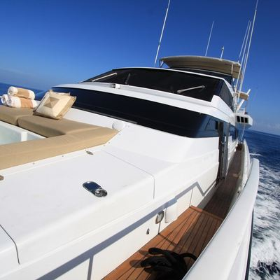 Illusions Yacht