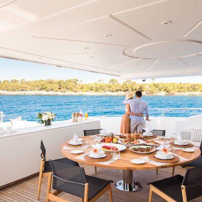 Beachouse Yacht Aft Deck