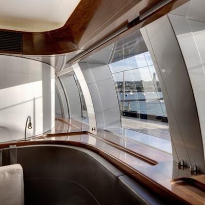 Vertigo Yacht Observation
