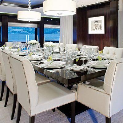 Carpe Diem Yacht Dining Salon - Evening