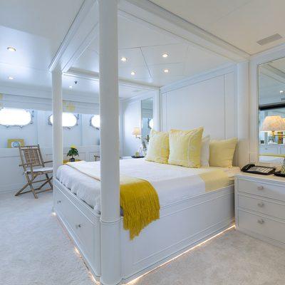 Bina Yacht