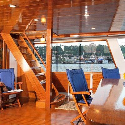 Kayana Yacht Exterior