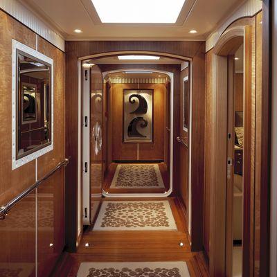 MITseaAH Yacht Hallway