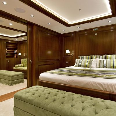 Clear Eyes Yacht Guest Stateroom