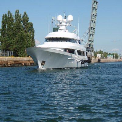 CV-9 Yacht Bow