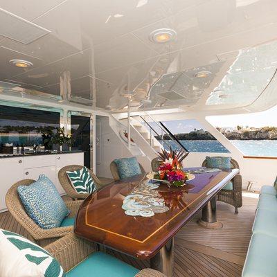 Attitude Yacht