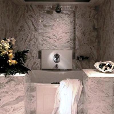 Carmen Serena Yacht Master Bathroom