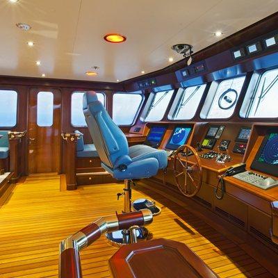 Axantha II Yacht Wheel Room