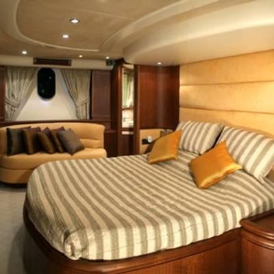 Mi Champion Yacht