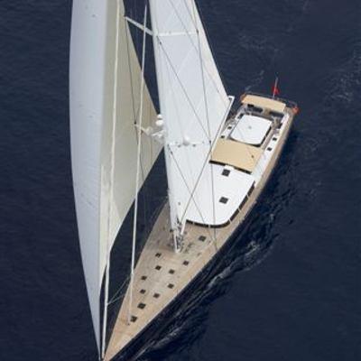 G2 Yacht Overhead