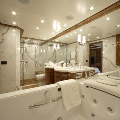 Dragon Yacht Master Bathroom