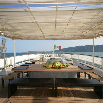 Prometej Yacht Al Fresco Dining