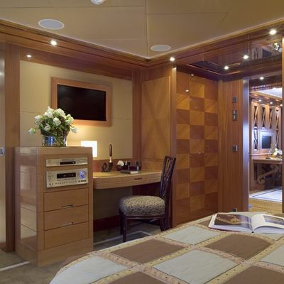 Lady Sheridan Yacht VIP Stateroom