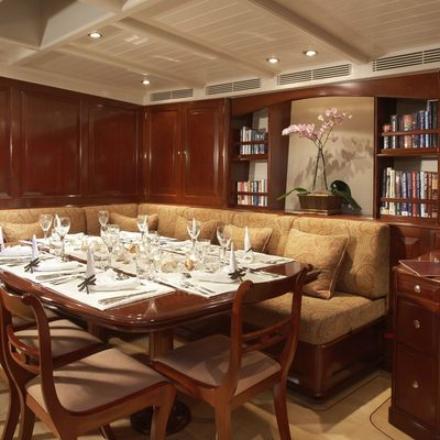 Windrose of Amsterdam Yacht Dining Saloon