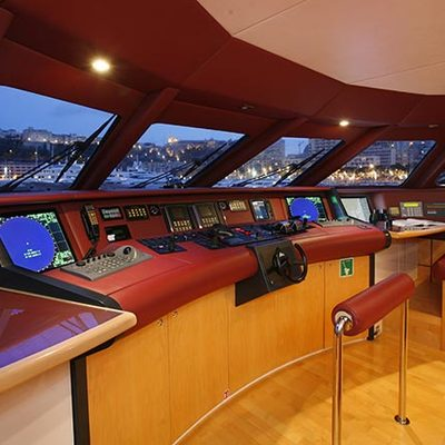 Daloli Yacht Bridge & Seating