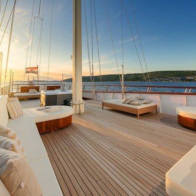 Son De Mar Yacht