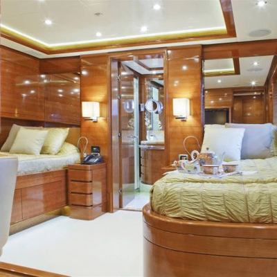 Harmony III Yacht Twin Stateroom