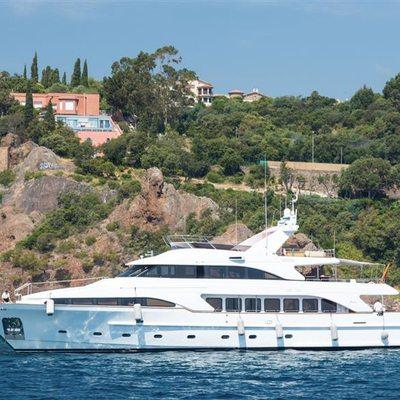 Accama Yacht