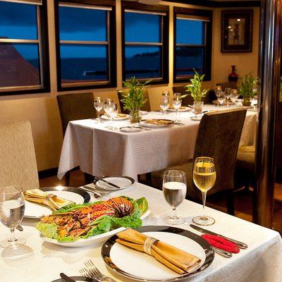 Dhaainkan'baa Yacht Dining