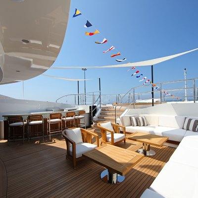 Seanna Yacht Seating Area - External