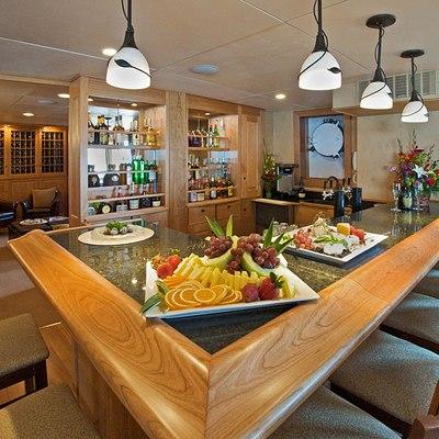 Safari Explorer Yacht Bar