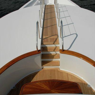 Impromptu Yacht Settee on Bow