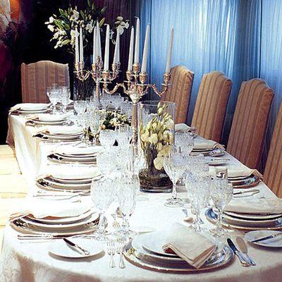 Elegant 007 Yacht Dining Salon - Table Set