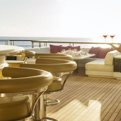 Solandge Yacht Exterior Seating and Bar