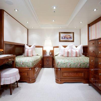 Avalon Yacht Twin Stateroom