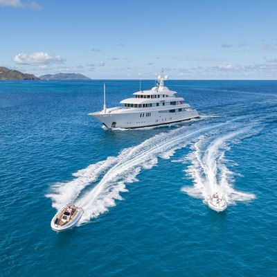 Party Girl Yacht