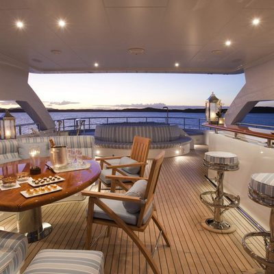 Blind Date Yacht Exterior Bar