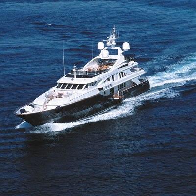 Alexandra Yacht Running Shot - Front View