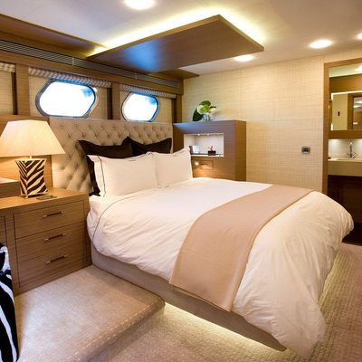 Namaste 8 Yacht Guest Stateroom