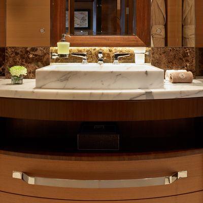 Aurelia Yacht Bathroom - Detail