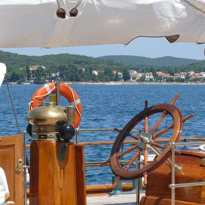 Shenandoah Yacht