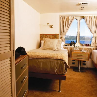 Atmosphere Yacht Twin Stateroom