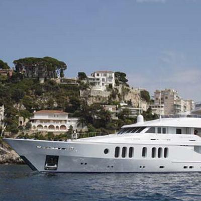 Talisman Maiton Yacht Side